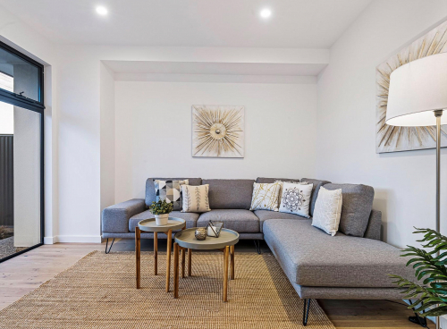 brighton-lounge-house-staging