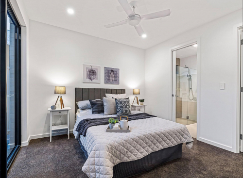 brighton-pillows-bedroom-adelaide-staging